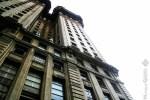 O prédio Martinelli, o primeiro arranha-céu da cidade, continua imponente e majestoso.